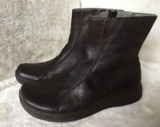 CLARKS LADIES BROWN LEATHER FLAT BOOTS size 4 UK 37 EUR