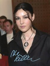 AUTOGRAPHE SUR PHOTO de Monica BELLUCCI (signed in person)