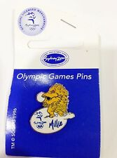 SYDNEY OLYMPIC GAMES 2000 MASCOT MILLIE PLAYING VOLLEY BALL PIN BADGE #487