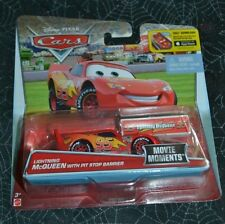 DISNEY PIXAR CARS LIGHTNING McQUEEN WITH PIT STOP BARRIER MOVIE MOMENTS VHTF