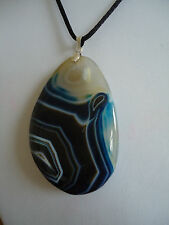 Agate Slice Blue and White Healing Crystal Necklace