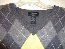 "BANANA REPUBLIC 100% MERINO WOOL ARGUILE V-NECK SWEATER SZ XL OR 45"" CHEST"