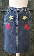 Stunning Vintage Jag Denim Skirt with Embroidered Flowers Size 10 - GVC