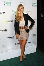 Victoria Azarenka A4 Photo 10