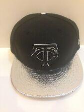 Minnesota Twins New ERA 59Fifty Metallic Snake Fitted hat 7 1/4 Black