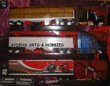 New Ray Country Life 1:43 O Scale Kenworth W900 & Peterbilt 387 Transporter Set