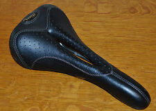 Selle Italia Flite Max Gel Flow saddle, good used condition.