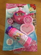 Disney Princess Dip & Blow Bubbles w/Dipping Tray & Solution & Carriage (T)