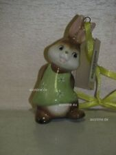 +# A016582_16 Goebel Archiv Muster Ostern Ornament Hase mit Blume 66-907