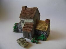 BATTLEFIELD BUILDINGS PMC 3601 (PAINTED) TILED ROOF HOUSE TYPE 1 -  6MM