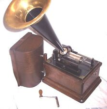 EDISON FIRESIDE MODEL A 2/4 MINUTE PHONOGRAPH WITH K REPRODUCER,HORN + RECORDS