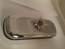 C1   Large Edelweiss   Motif On a Chrome Glasses Case