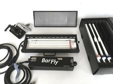 KINO FLO BARFLY 100 Light  w/ 4 bulbs, bulb case, eggcrate, extras