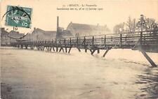 CPA 77 MEAUX LA PASSERELLE INONDATION 1910