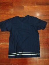 Used Giordano Concepts V-Neck Shirt size Medium Blue
