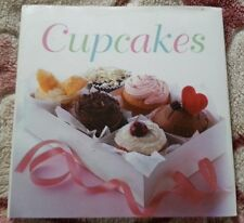 Cupcakes Recipe Book with Color Photos by Susanna Tee~Hardcover LIKE NEW