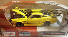 MAISTO CUSTOM SHOP 1967 FORD MUSTANG GT FASTBACK YELLOW 1:24 MIP