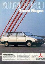 Mitsubishi Space Wagon Prospekt 9/83 brochure 1983 Auto PKWs Japan Asien Werbung