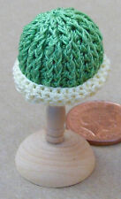 1:12 Scale Ladies Green Crochet Hat Dolls House Miniature Clothing Accessory T4
