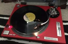 Technics Quartz Direct Drive SL-1200 Turntable