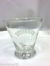 Bailey's bar glass drinking glasses 1 Baileys cocktail liqueur Irish Cream EU2