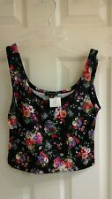 Timing cropped tank top, junior girls size medium black with multi floral