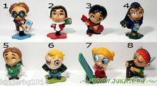 Collectible complete set 8 figures FUNNY STUDENTS 2007 +  PAPER KINDER SURPRISE