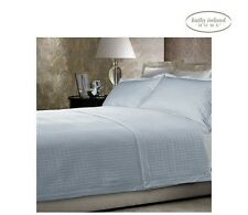 NEW Kathy Ireland Quilted Microfiber Full/Queen Coverlet 3 PC.Bedding Set