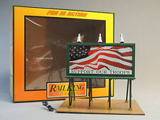 MTH RAIL KING LIGHTED SUPPORT OUR TROOPS U S FLAG BILLBOARD O GAUGE 30-90527 NEW