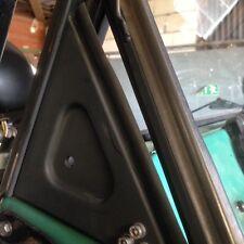 Unimog Cabrio 403-406-416-421  Gummi Dreieck Windschutzscheibe