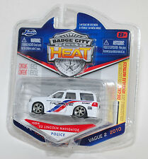 Jada BADGE CITY HEAT 2003 LINCOLN NAVIGATOR AIRPORT POLICE K9 WAVE 2 #024 1/64