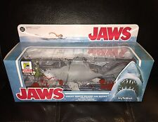 SDCC 2015 FUNKO REACTION JAWS GREAT WHITE SHARK AND QUINT FINAL BATTLE RARE!