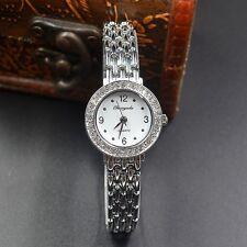 Superbe Montre Quartz Chic Pour Femme Beau Cadran blanc Bracelet Métal PROMO