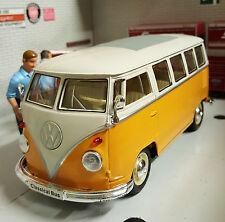 VW Bay T1 Split Screen Dormobile Camper Van 1:24 Scale Diecast Detailed Model