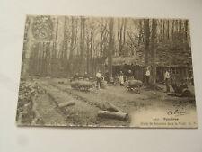 CPSM Fougères Hutte de Sabotiers dans la Forêt