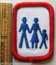 Rare Girl Scout Senior 1987-96 FAMILY LIVING Interest Project Patch Badge IP IPP