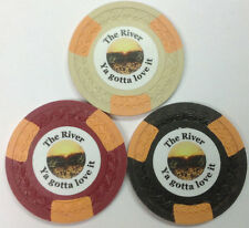 SET OF 3 THE RIVER YA GOTTA LOVE IT CLAY ASM POKER CHIPS ROMAN BORDER FREE SHIP