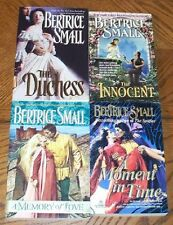 LOT Bertrice Small TPB A MEMORY OF LOVE MOMENT IN TIME THE INNOCENT DUCHESS
