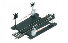 Hornby - 00- R645 Single track level crossing New in Box