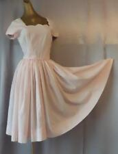 PRETTY PINK Vintage 1950s ROCKABILLY SCALLOPED CREPE DAY DRESS  - SM / XS