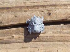 WFB High Elves White Lions Standard Top Lion Head Bits