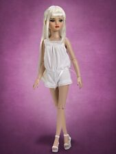 Beautiful Essential Six Blonde Ellowyne Wilde doll NRFB Tonner