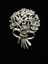 """JJ"" Jonette Jewelry Silver Pewter 'BOUQUET of FLOWERS' Tac Pin"