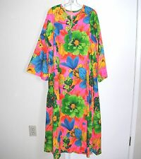 1970's LILLY PULITZER MOD CAFTAN LOUNGE ROBE FLOWER POWER  NICE ~The Lilly~