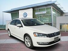 Volkswagen: Passat 4dr Sdn 2.0L