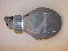 Wasserflasche Feldflasche Zivilschutz mit Tasche und Becher, altes Modell