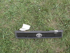 1991-92 Toyota Corolla Front Grille Insert w/ Emblem 53101-12490 *FREE SHIPPING*