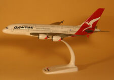 Qantas Airways Airbus A380-800 1:250 Herpa Snap-Fit Modell 608374 NEU QF A380