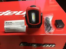 snap on Tools.RED. Magnétic led work light .Adjustable Rechargeable.