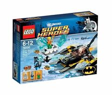 Lego DC Super Heroes Arctic Batman vs Mr Freeze 76000 RETIRED Set + Minifigures